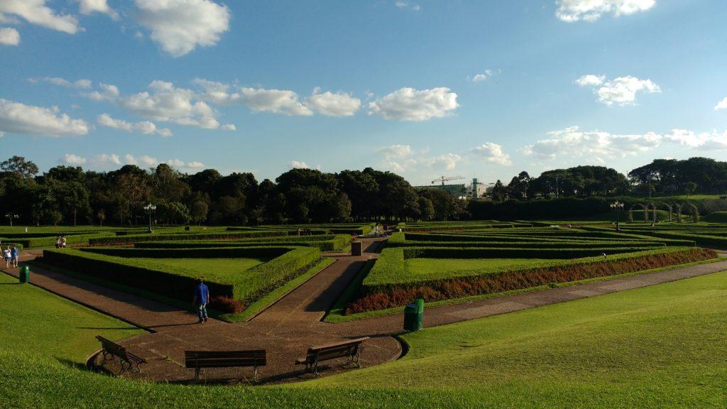 Os jardins lindamente desenhados