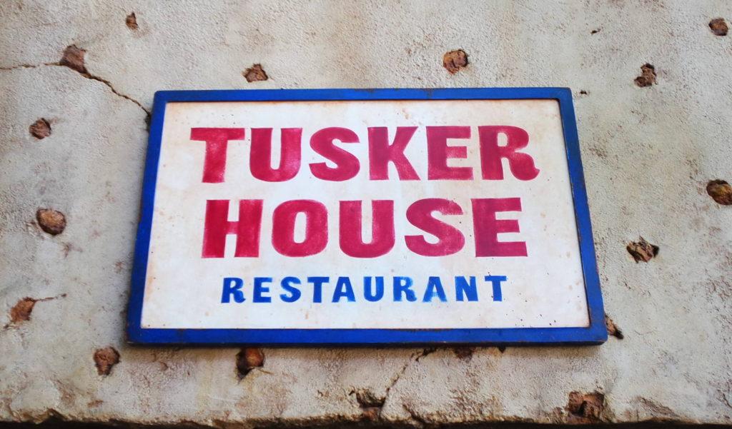símbolo tusker house