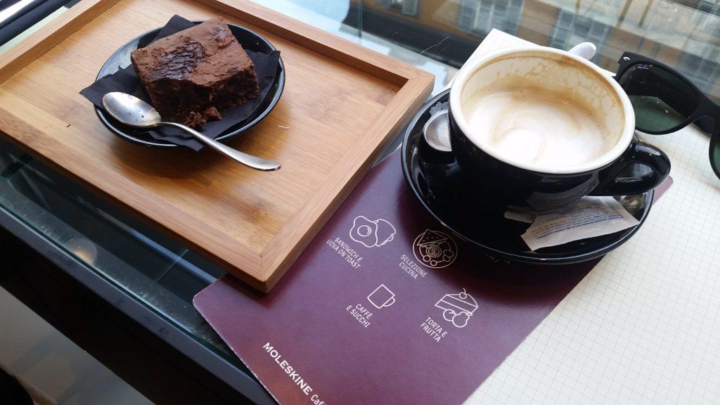 Moleskine cafe