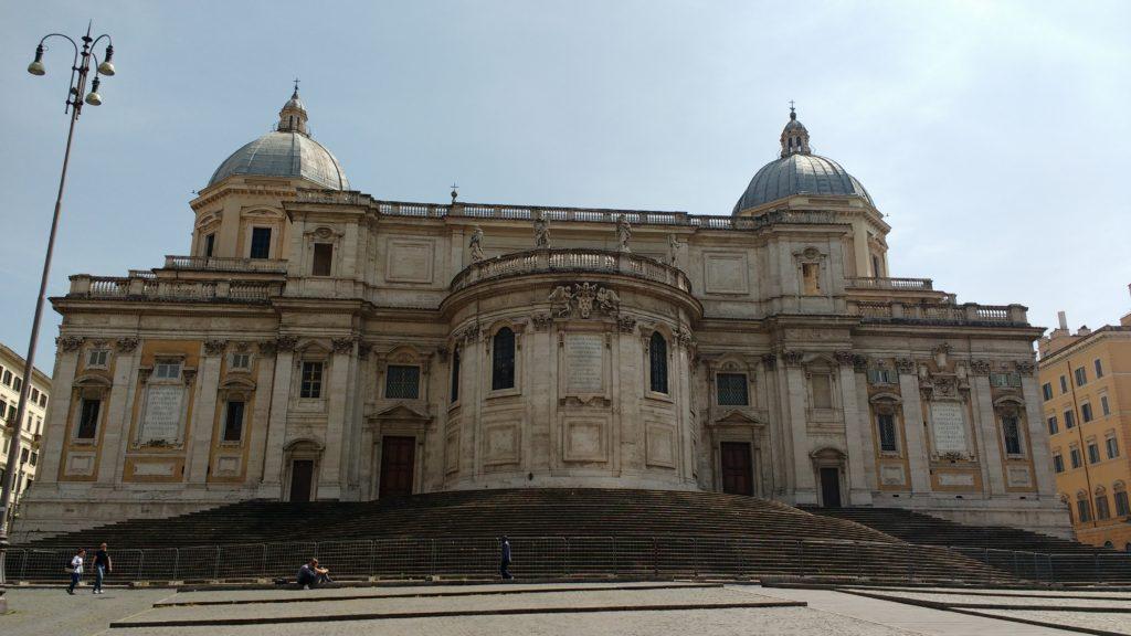 Fundos da basílica Santa Maria Maggiore