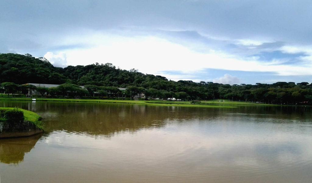 Lago parque barigui