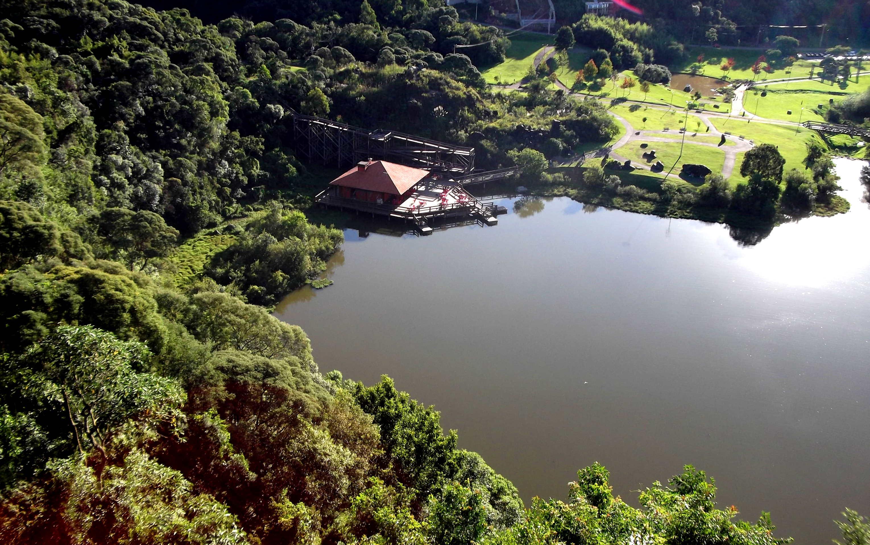 Uma das vistas maravilhosas do mirante do parque tanguá