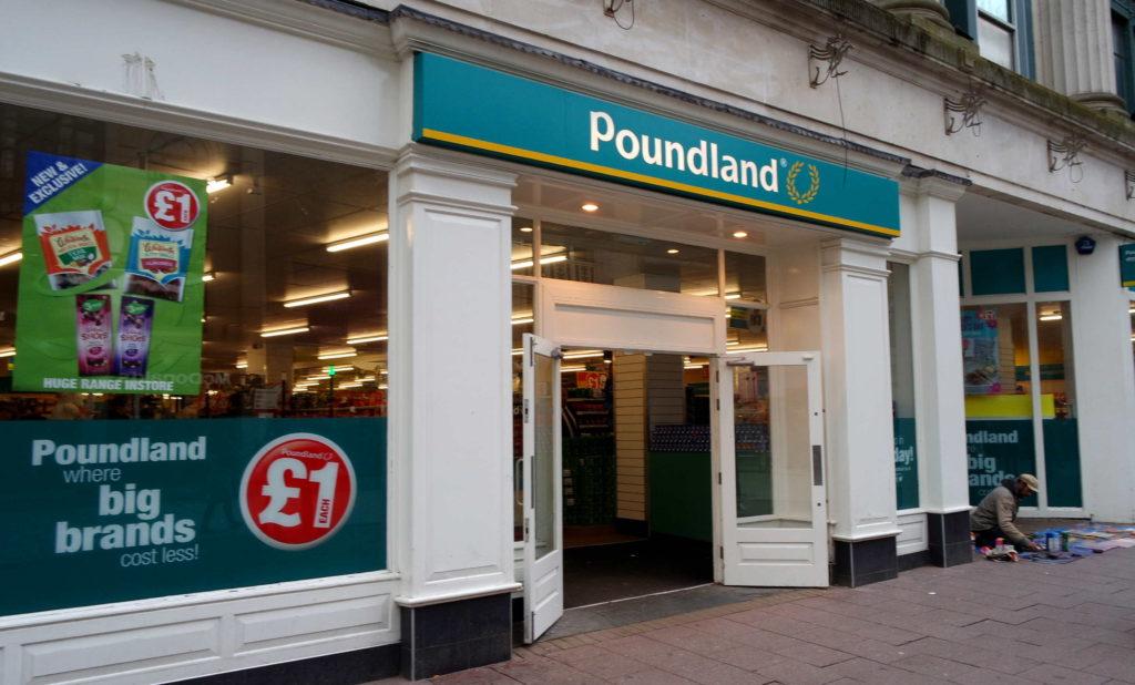 Fachada da loja Poundland
