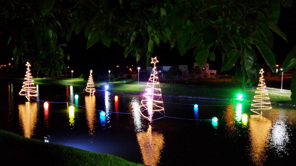 As luzinhas de Natal na cidade dos meus avós