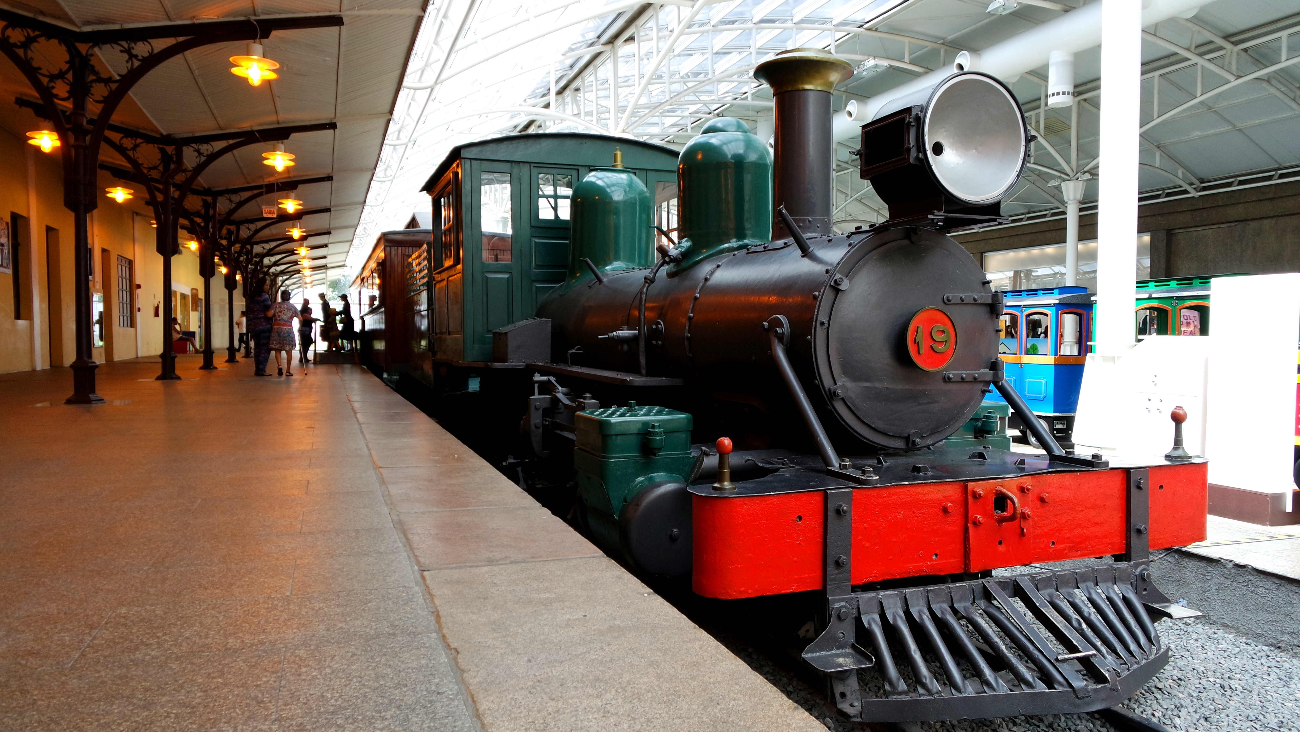 Locomotiva do início do século 20 no Museu Ferroviário de CUritiba