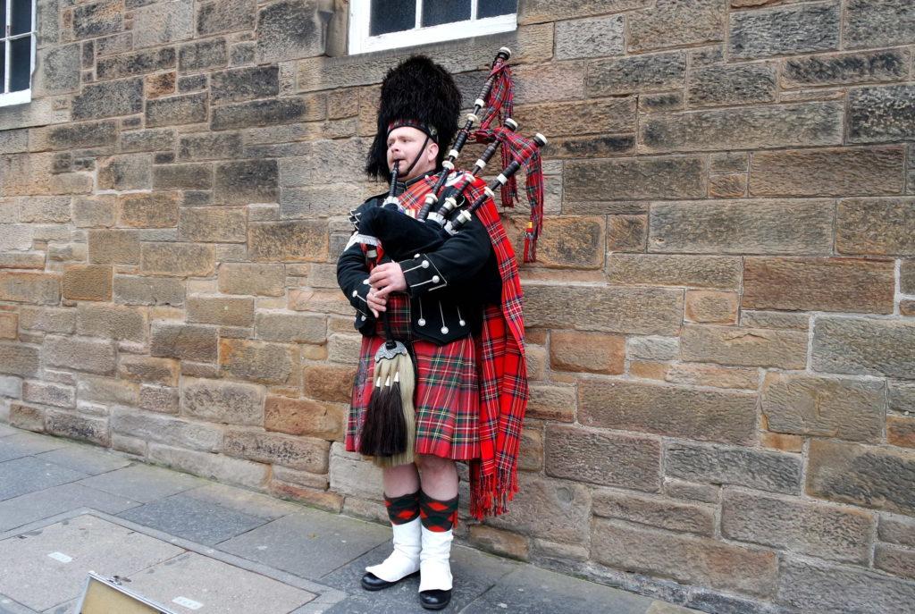 Kilt e gaita de fole em Edimburgo