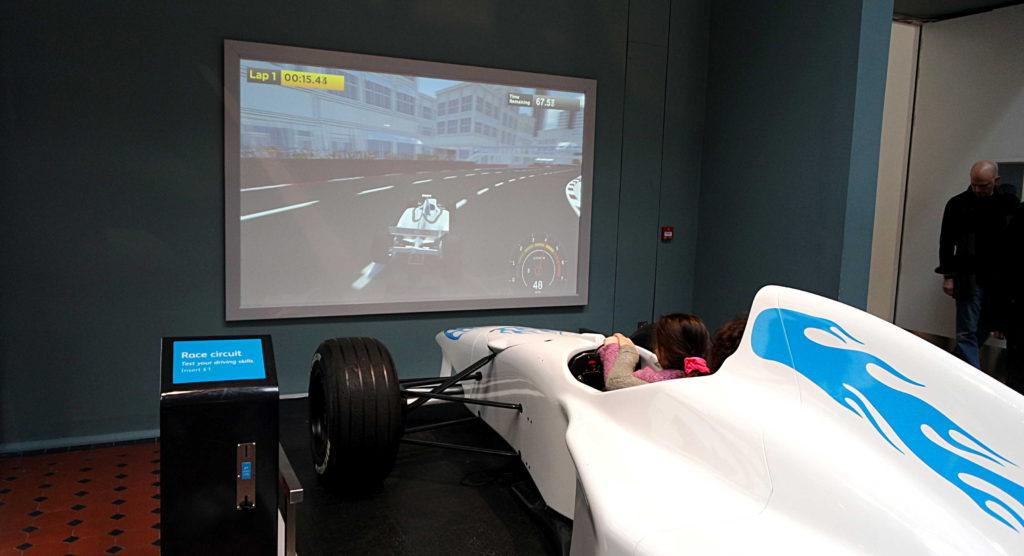 simulador de corrida museu nacional da escócia