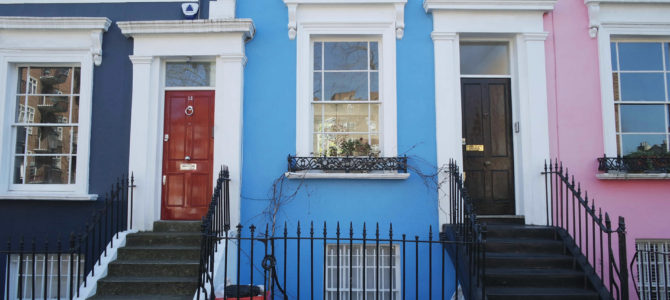Uma caminhada por um lugar chamado Notting Hill