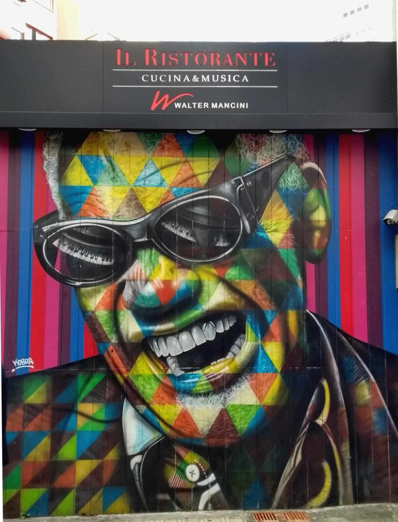 Painel do Eduardo Kobra, na Rua Avanhadava