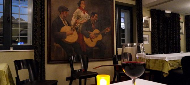 Fado em Lisboa: Adega do Machado